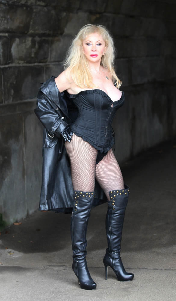 Mistress Tanya on Prague
